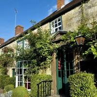 Lamb Inn dog-friendly pub in Hindon, Wiltshire - Wiltshire dog friendly pub and dog walk