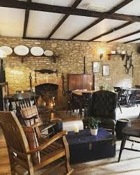 A36 Historic and dog-friendly inn and B&B, Somerset - Driving with Dogs