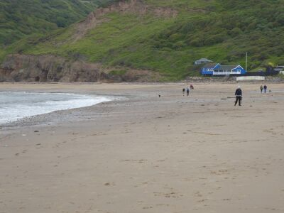 Runswick dog-friendly beach and cafe, North Yorkshire - Driving with Dogs