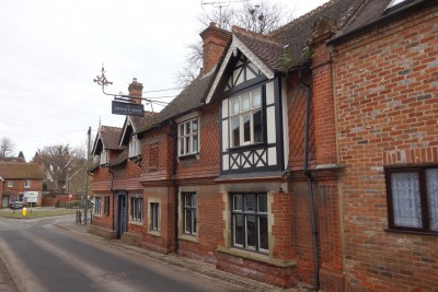 East Ilsley dog-friendly pub and dog walk, Berkshire - Driving with Dogs