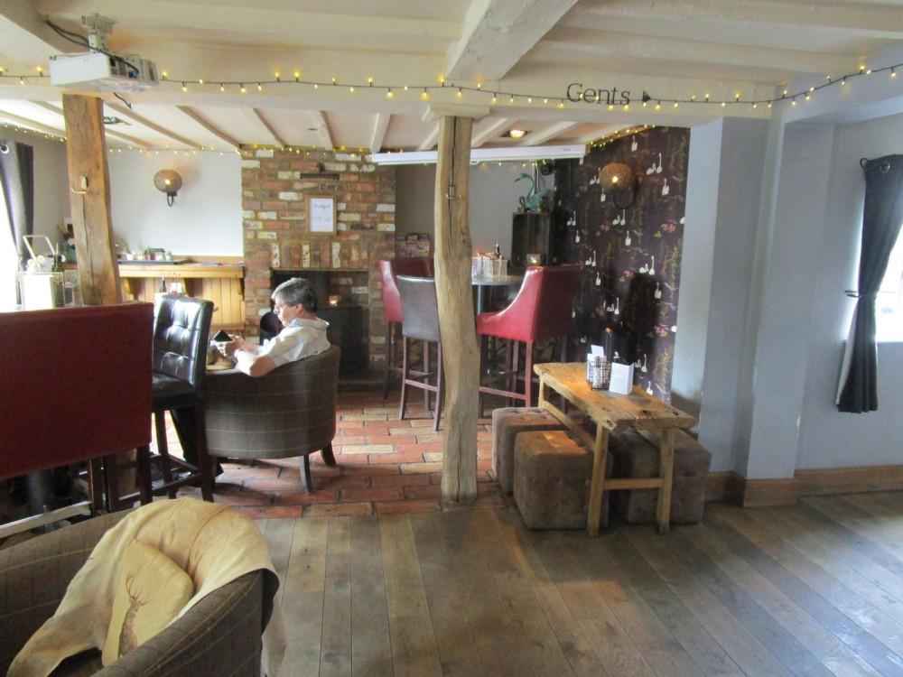 Worcester area dog-friendly dining pub, Worcestershire - Worcestershire dog walks and dog-friendly pubs.JPG