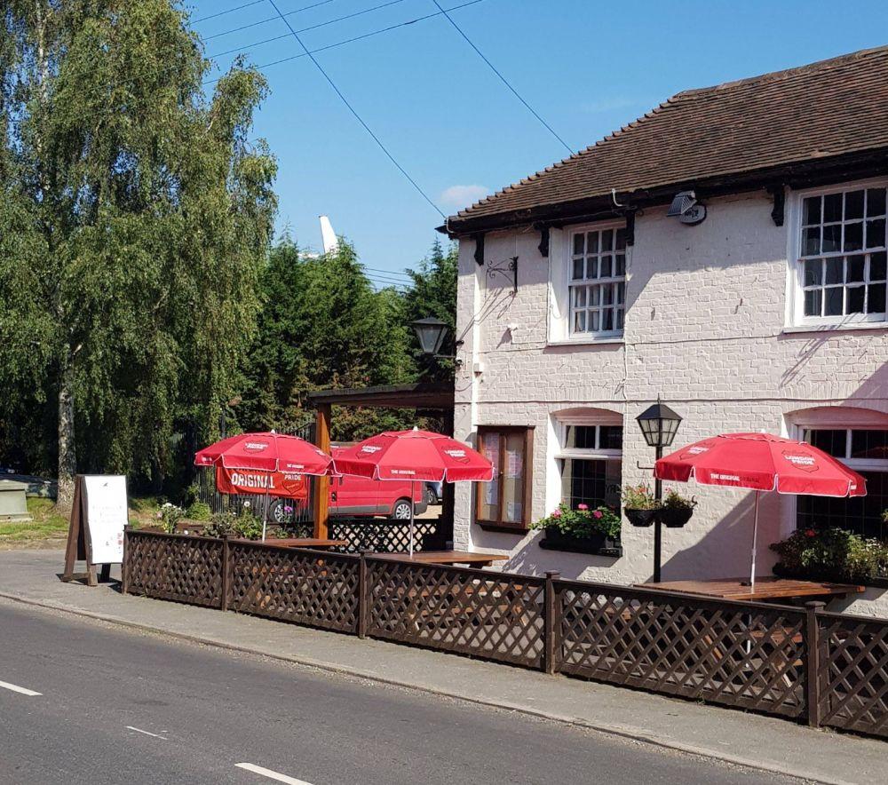 A274 dog-friendly pub and a paw stretch near Maidstone, Kent - Kent dog-friendly pub and dog walk
