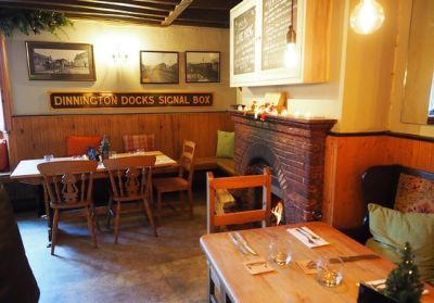 A303 rural pub and dog walk, Somerset - Driving with Dogs