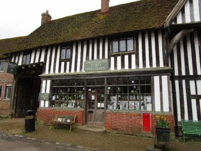 North Downs dog-friendly pub and parkland dog walk, Kent - Driving with Dogs
