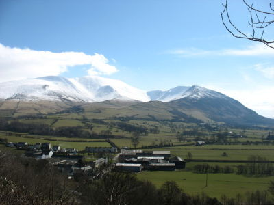 Lake District dog walk and traditional dog-friendly pub, Cumbria - Driving with Dogs