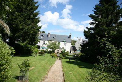 Dartmoor dog-friendly inn with B&B, Devon - Driving with Dogs