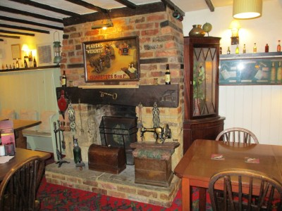 A352 Blackmore Vale dog walk and dog-friendly pub, Dorset - Driving with Dogs