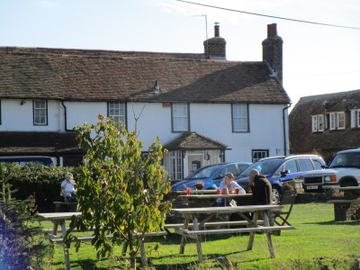 Romney Marsh dog walk and dog-friendly pub, Kent - Driving with Dogs