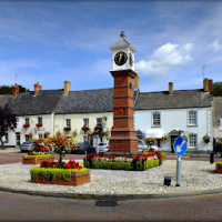 A472 Pretty market town and a woodland dog walk, Wales - Dog-friendly pubs and dog walks in Wales.png