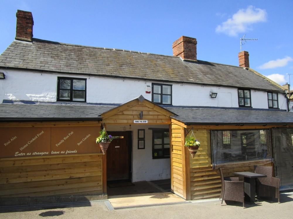 Fosse Way dog-friendly pub and walk, Warwickshire - Warwickshire dog-friendly pubs and walks.JPG