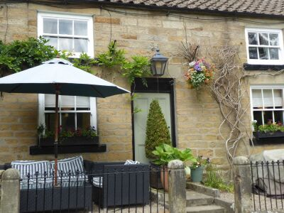 A170 tiny village pub with good food, North Yorkshire - Driving with Dogs