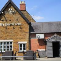 Chapel Brampton dog-friendly pub, Northamptonshire - Dog walks in Northamptonshire
