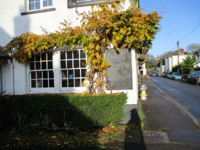 Piddle pub and dog walk, Dorset - Driving with Dogs