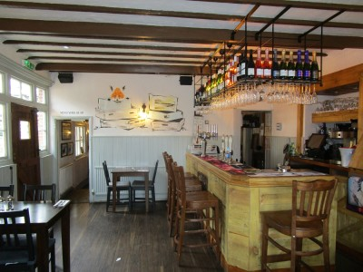A22 dog-friendly pub with dog walk, East Sussex - Driving with Dogs