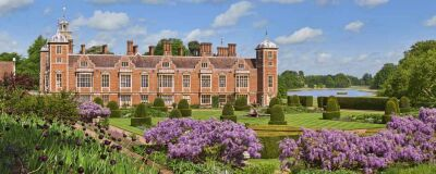 Historic hall with parkland dog walks, Norfolk - Driving with Dogs