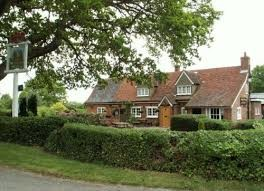 A1M Junction 6 or 7 dog-friendly pub and dog walk, Hertfordshire - Driving with Dogs
