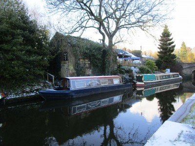 Caldon Canal dog-friendly pub and dog walk, Staffordshire - Driving with Dogs