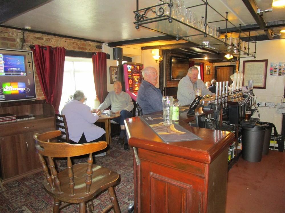 Popular Village dog-friendly pub and dog walk, Kent - Kent dog walks and dog-friendly pubs